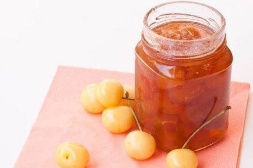 Варенье из вишни варить с косточкой или без