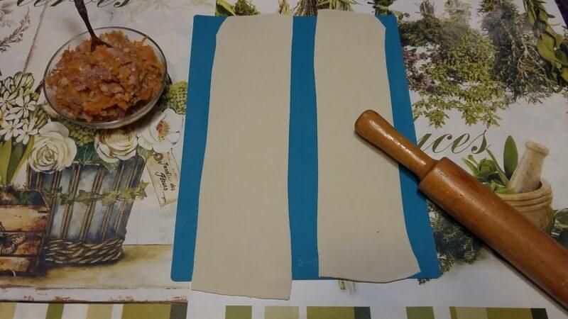 Раскатываем тонкое тесто
