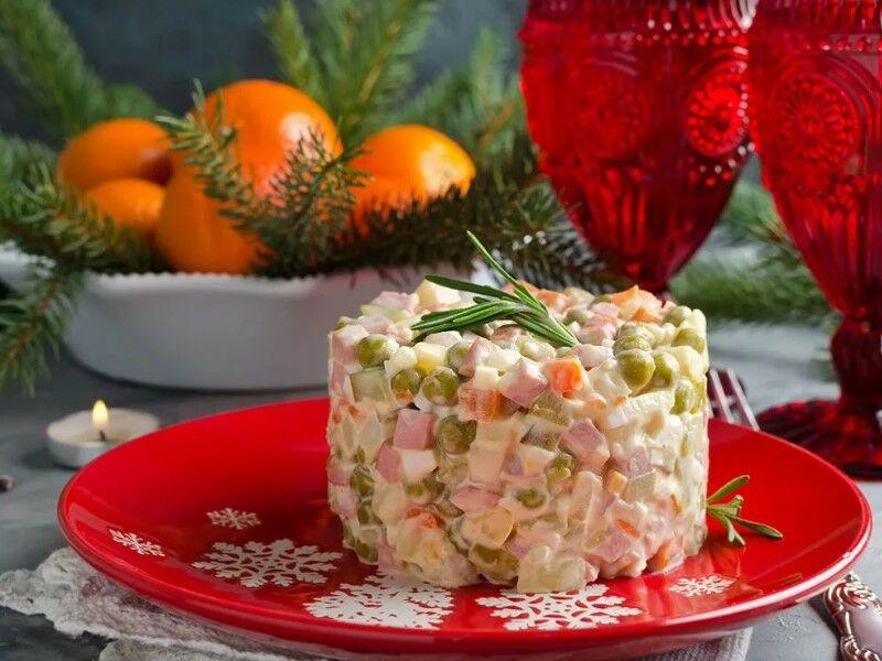Салаты на Новый год 2020: простые и вкусные рецепты