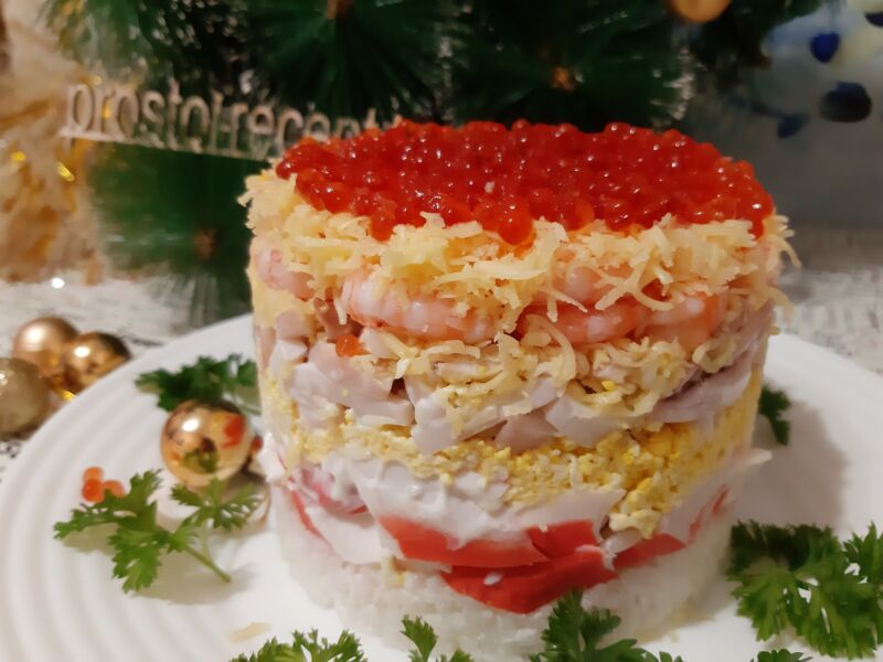 Бесподобно вкусный праздничный салат готов